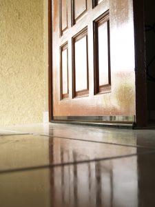 Ya puedes comprar por Internet los instalar burlete puerta – Los preferidos