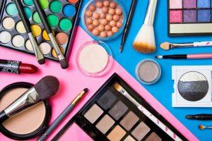 productos de maquillaje disponibles para comprar online