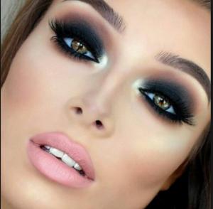 La mejor selección de los mejores maquillajes para comprar On-line