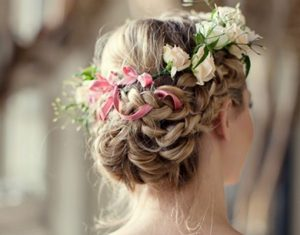 La mejor selección de peinados con flores en el pelo para comprar por Internet – Los más vendidos