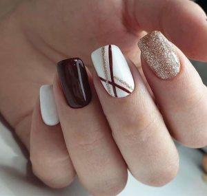 La mejor lista de uñas pintadas permanentes para comprar en Internet