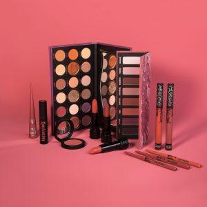 Ya puedes comprar Online los kit de navidad maquillaje