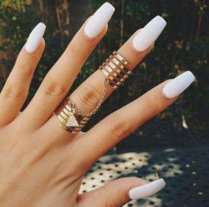 La mejor lista de uñas largas pintadas para comprar por Internet