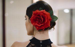 La mejor lista de flores para el pelo flamenca para comprar en Internet