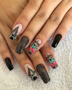 fotos de uñas decoradas de moda disponibles para comprar online