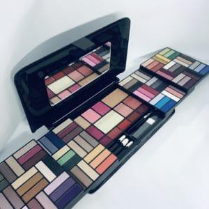 Selección de kit de maquillaje completo mac para comprar on-line – Los Treinta favoritos