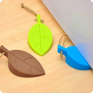 Selección de cortavientos puerta para comprar On-line