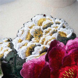 Lista de apliques de flores para vestidos para comprar